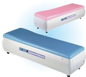 幅広いニーズにこたえるベッド型マッサージ器
